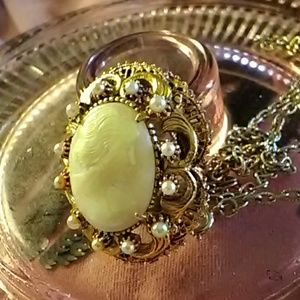 Vintage Florenza Cameo Brooch Pendant